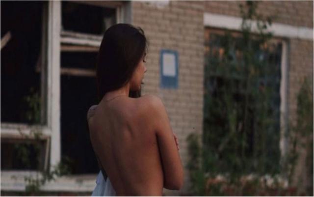 Çernobil'de İç Çamaşırlı Pozlar Tepki Çekmişti