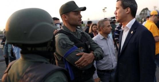 Venezuela Darbe Girişimi Son Dakika Maduro Ülkeyi Terk Etmekten