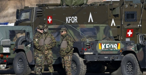 Almanya, Lübnan ve Kosova'da bulunan askerlerin göre süresini uzattı