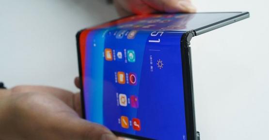 Trump ABD'li Şirketlerin Huawei'ye ürün satmasına izin verdi.