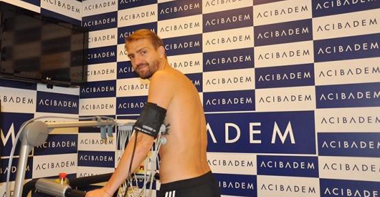 Beşiktaşlı Futbolcular ile Teknik Ekip Sağlık Kontrolünden Geçti