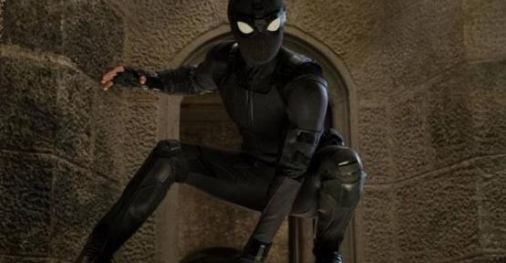 Yarın Vizyona Giriyor Örümcek Adam Evden Uzakta - Spider Man Far From Home