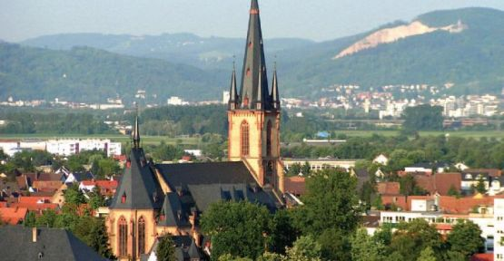 Almanya'da bir Sinema'da Silahlı Saldırı
