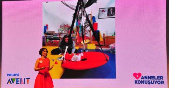 'Anneler Konuşuyor', Ceyda Düvenci'nin moderasyonu ile ikinci kez düzenlendi