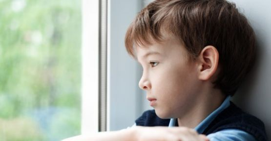 Çocuklardaki içe kapanıklığın sebepleri ve çözüm yolları nelerdir ?