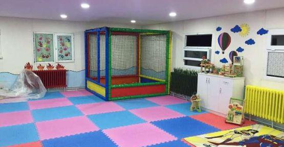 Engelli öğrencilere oyun odası kurdular!