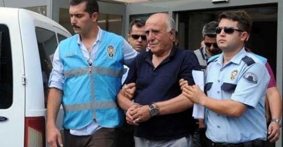 Hakan Şükür'ün babasına 15 yıl