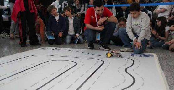 Robot Olimpiyatları'na Türk Robotlar Damga Vurdu