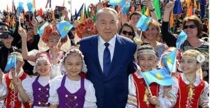 Kazakistan Cumhurbaşkanı  Nursultan Nazarbayev İstifa Etti.