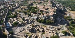 28 Nisan Oyna Kazan İpucu 21.30 Diyarbakır Surları