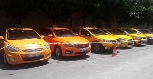 Turist Dolandıran Taksicilere Operasyon